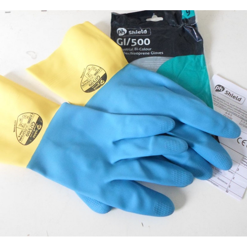 Paire de gants de stratification